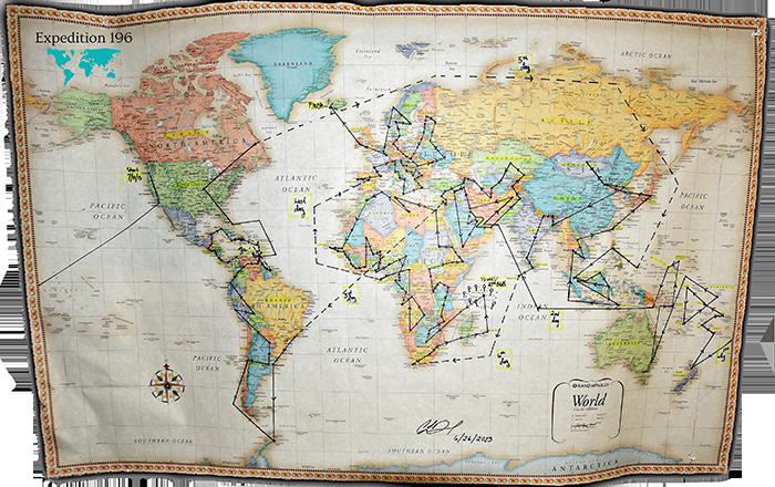 Cassandra de Pecol primera mujer en visitar todos los paises del mundo 18