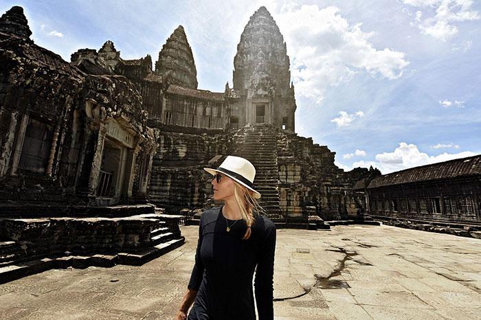 Cassandra de Pecol primera mujer en visitar todos los paises del mundo 7