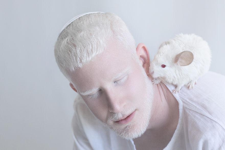 albino yulia 7