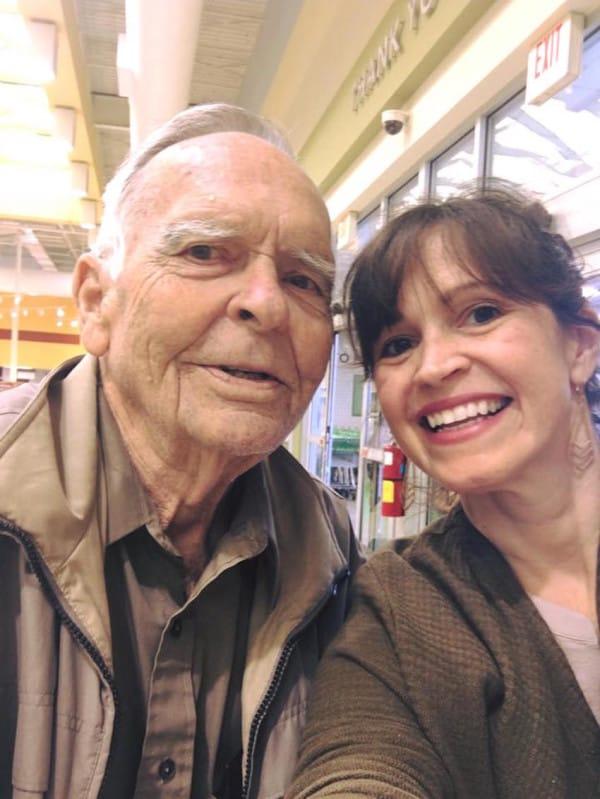 encuentro abuelo supermercado 5