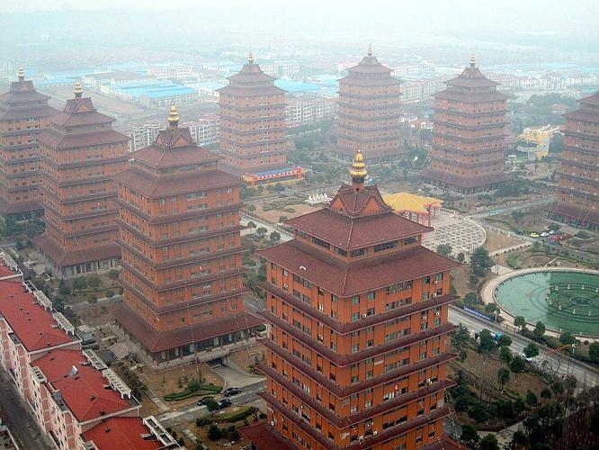 huaxi aldea rica en china