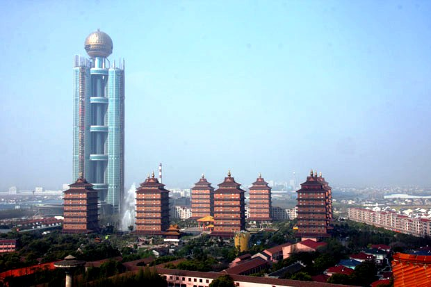 huaxi la ciudad mas rica de china 3