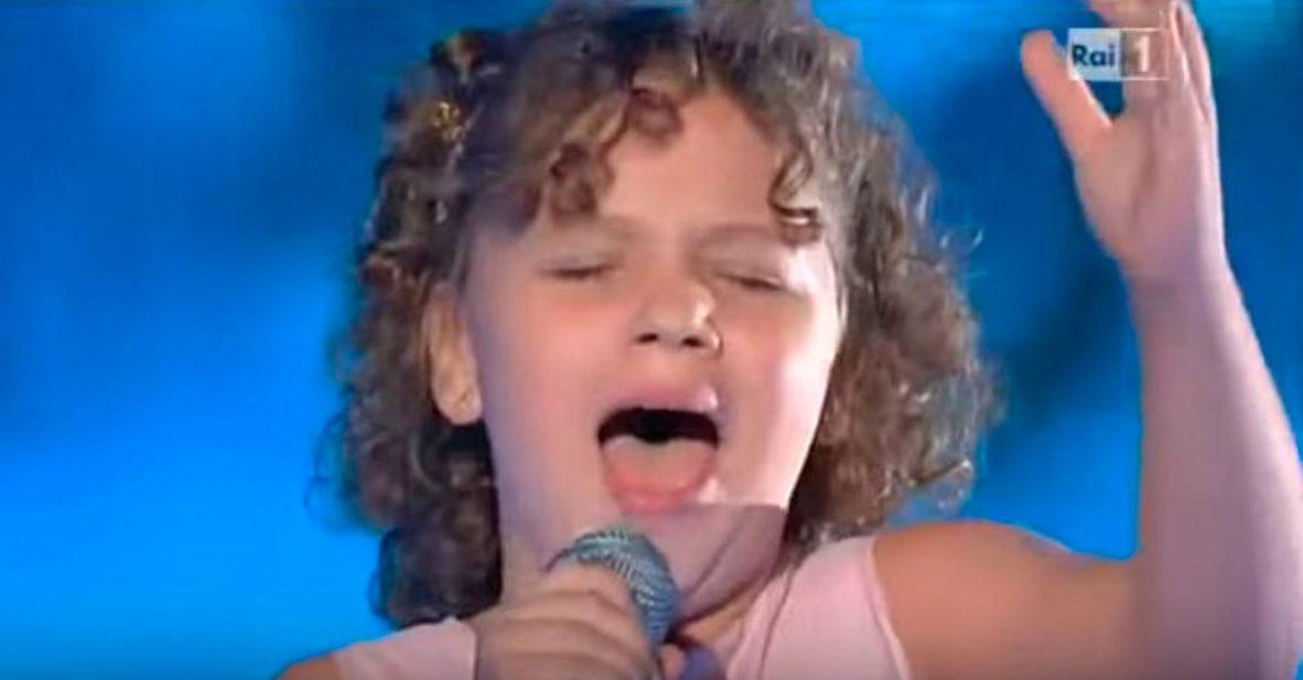 maria cracium canta caruso con solo 11 anos