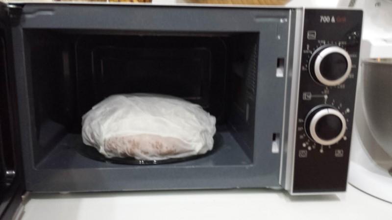 trucos para ablandar el pan duro 3