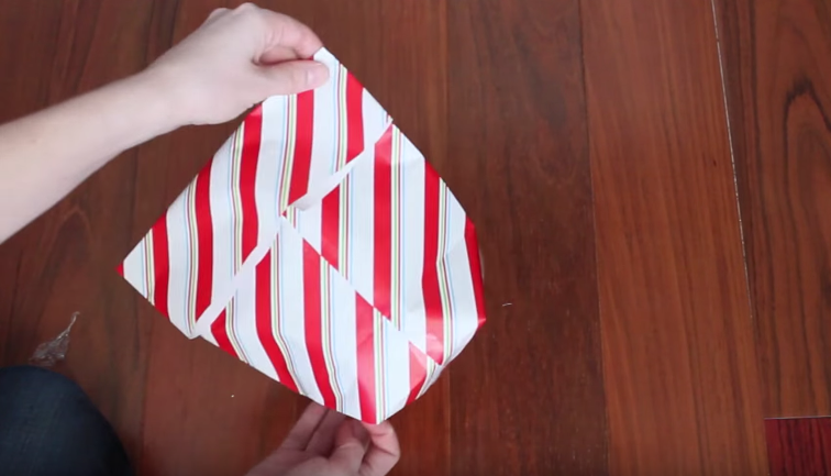 trucos para envolver regalos 19