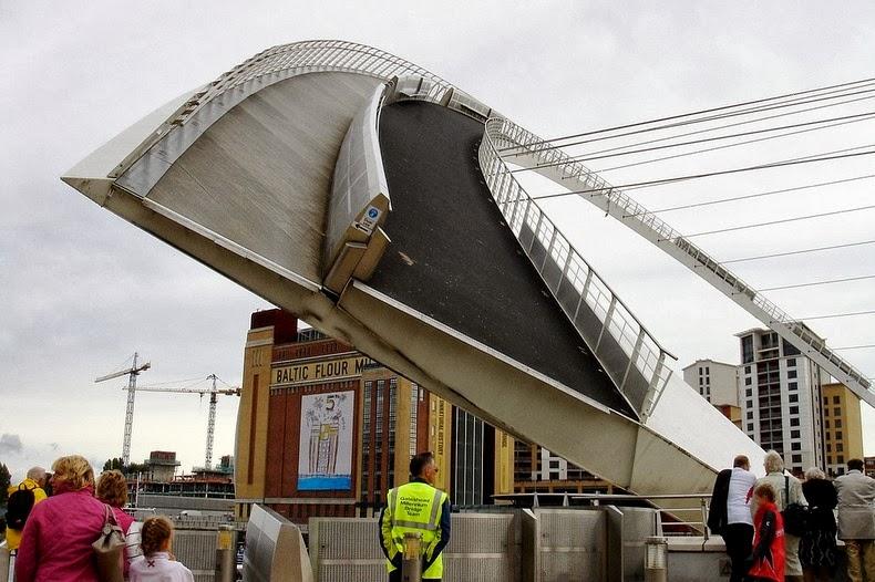gateshead-millennium-bridge- puente