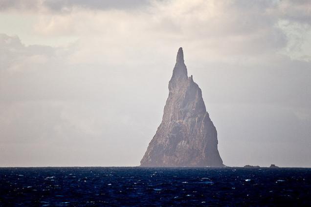 Ball's Pyramid. Lord Howe Island.