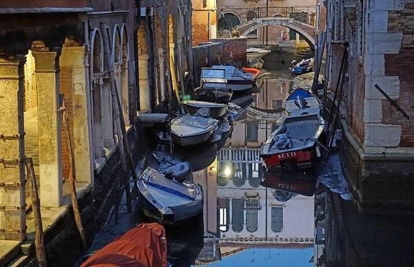 Seguro que has visto Venecia inundada ¿Pero la conoces sin agua? Venecia_1