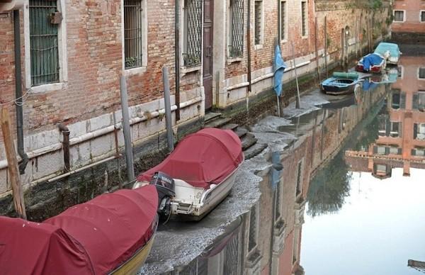 Seguro que has visto Venecia inundada ¿Pero la conoces sin agua? Venecia_2