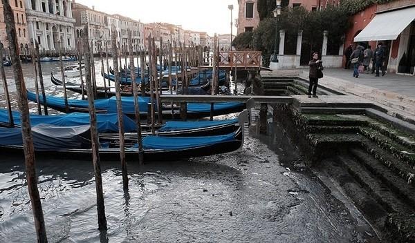 Seguro que has visto Venecia inundada ¿Pero la conoces sin agua? Venecia_5