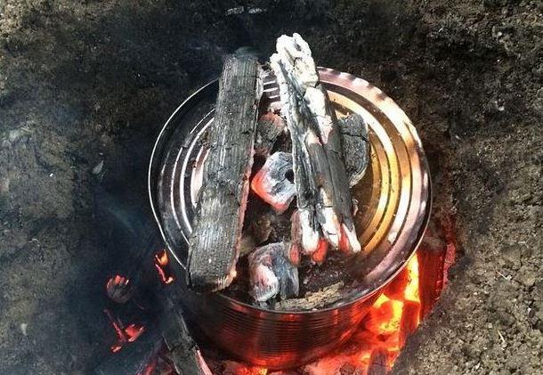 Cocinar pan en una lata, un truco genial para tus días