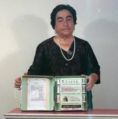 Ángela Ruiz Robles -  Wikipedia