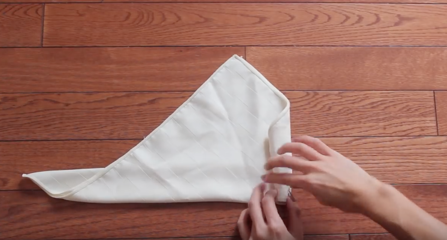 como doblar servilletas para fiestas