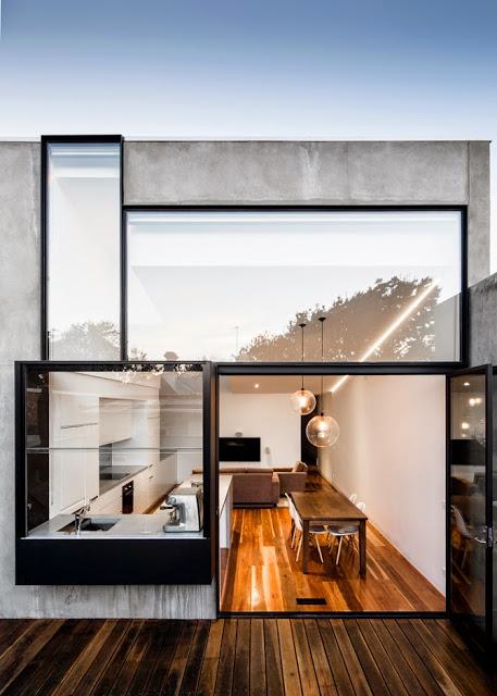Fachada con ventanales
