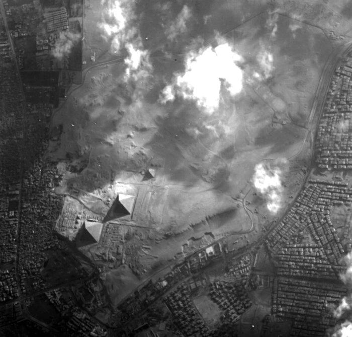 piramides de egipto por dentro 3d