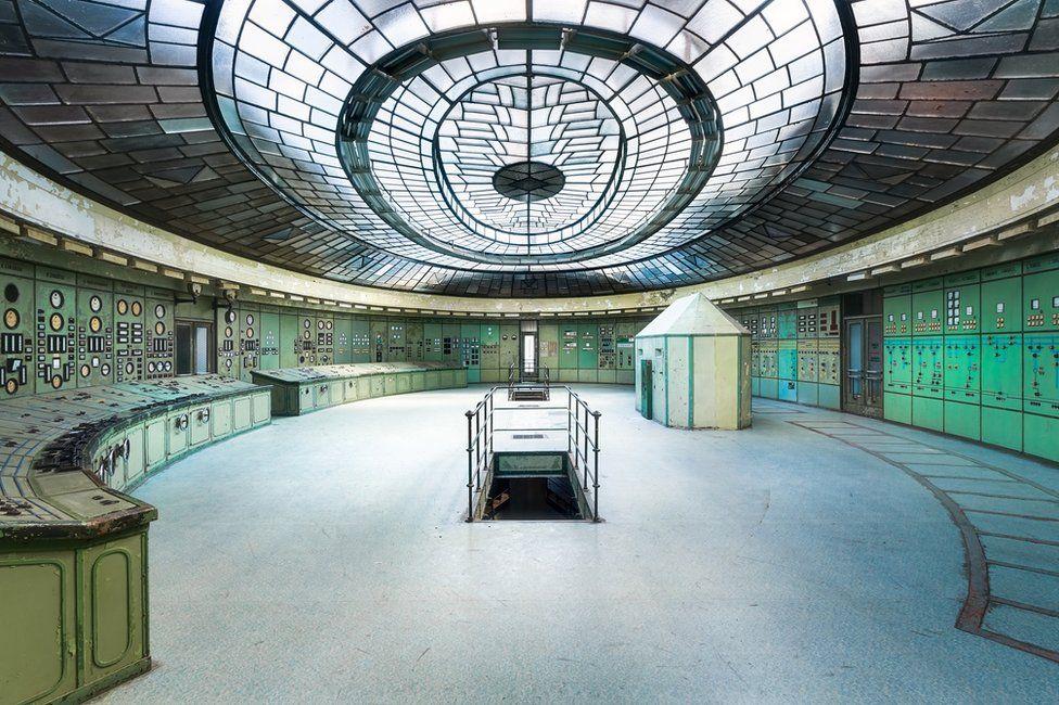 Concurso foto arquitectura. Una central eléctrica semi abandonada en Kelenfold (Budapest)