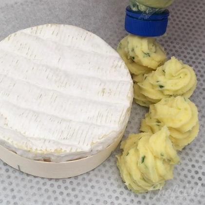 Receta de Patatas duquesa con queso Camembert. Preparación 4