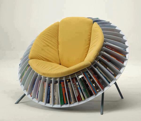 Silla, libros, lectura