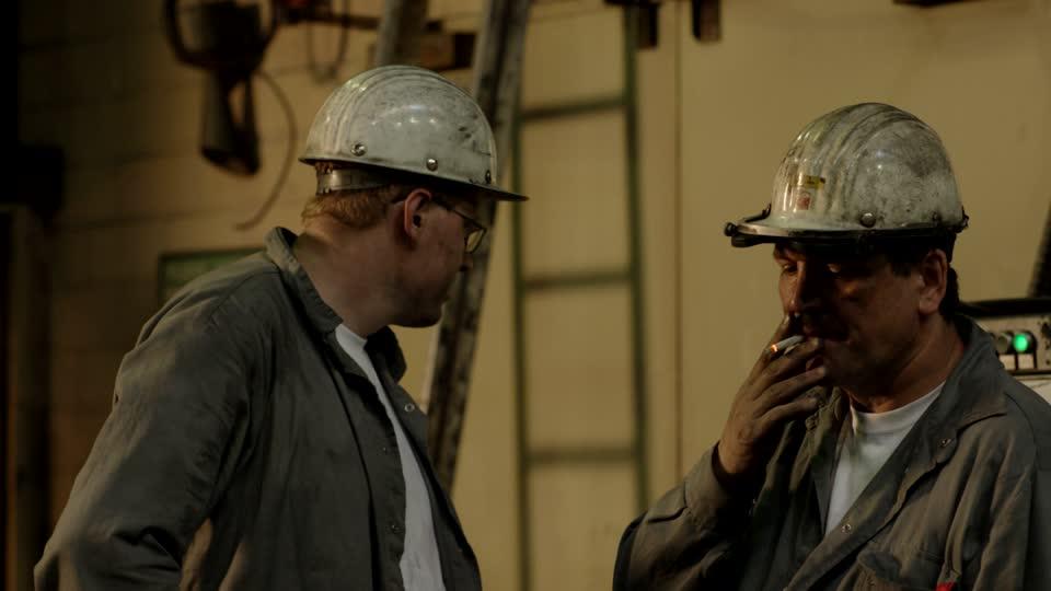 obreros-fumando