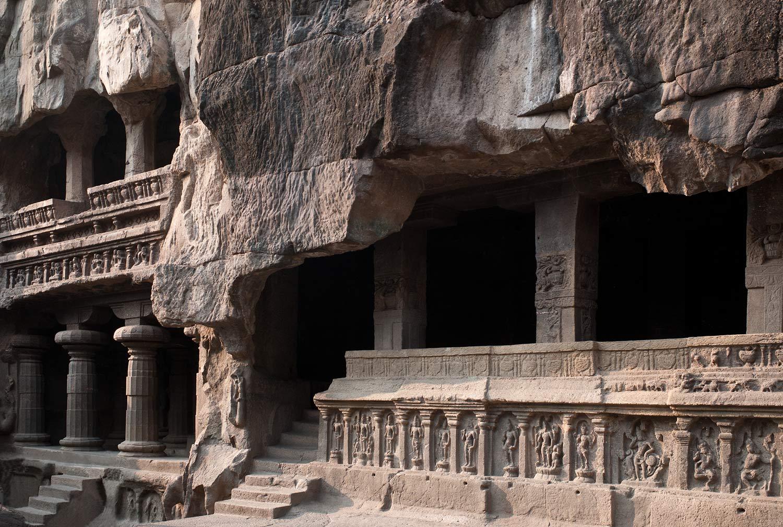 Templo budista de piedra