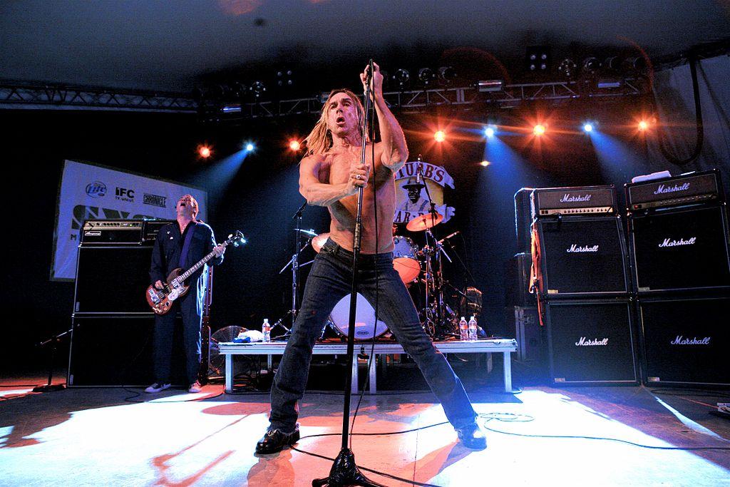 Iggy Pop en un concierto en 2007. (Wikipedia)