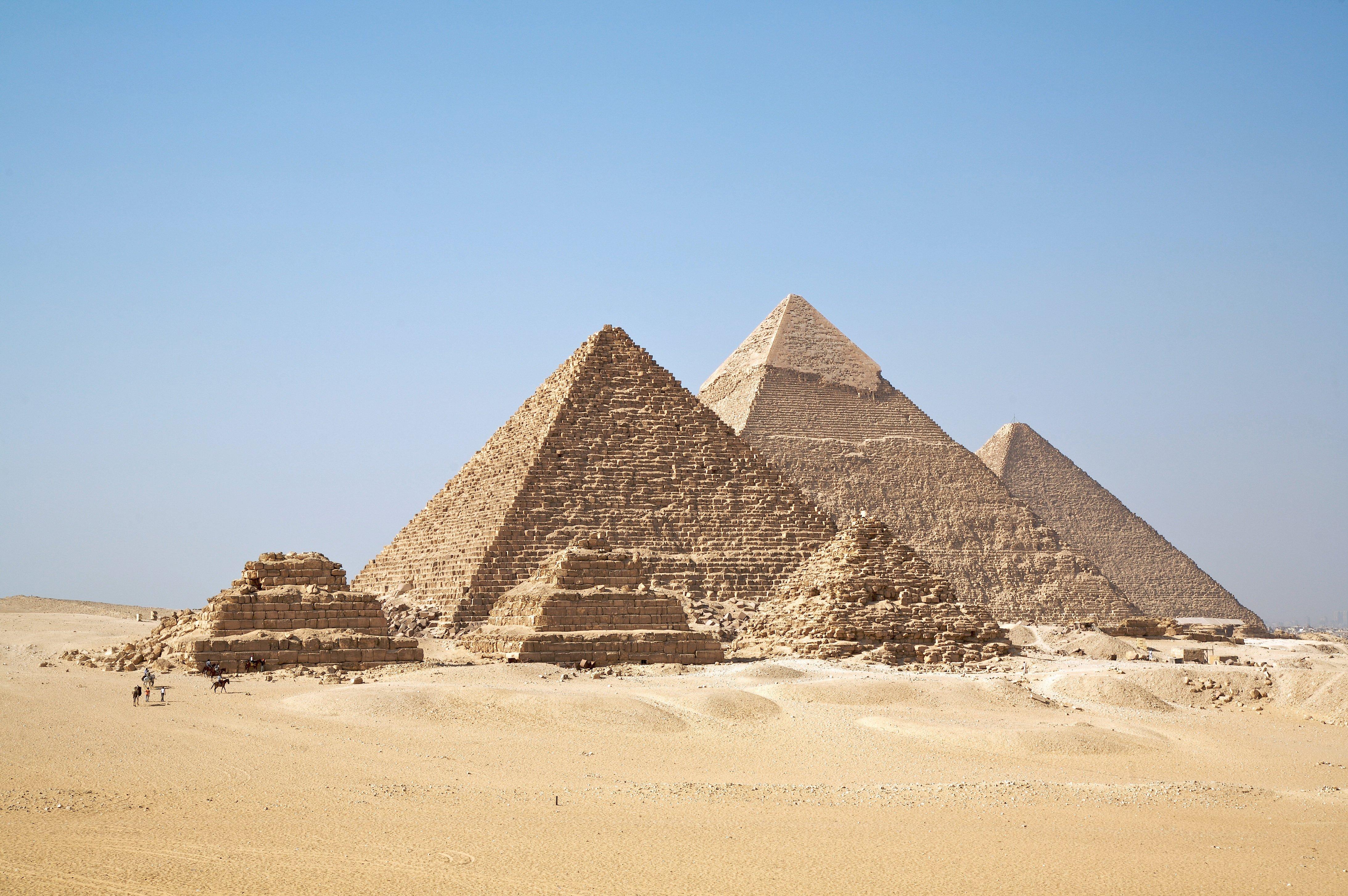 punto de vista pirámides