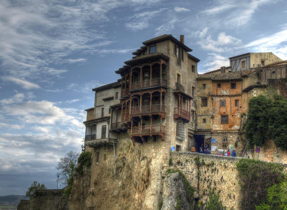 casa en roca cuenca
