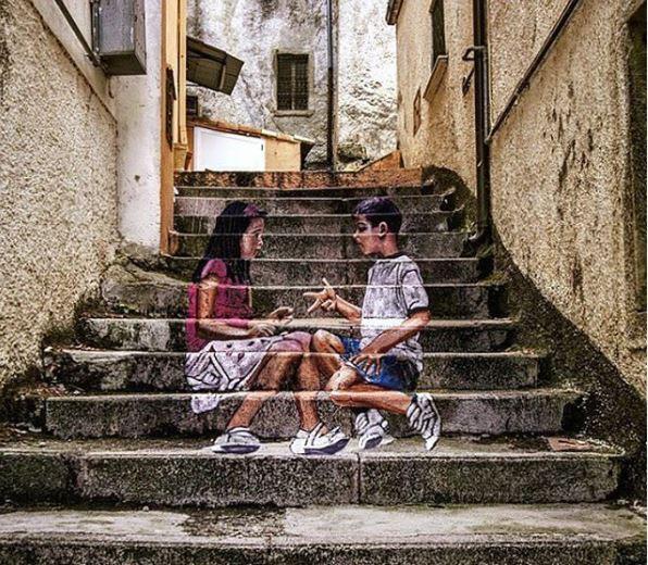 graffíti niños escaleras