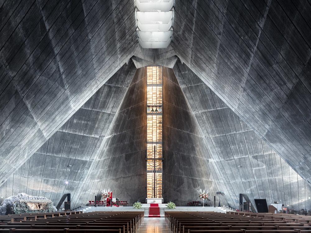 iglesia parece pirámide