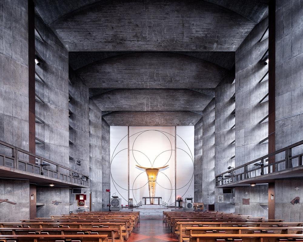 iglesia parece búnker