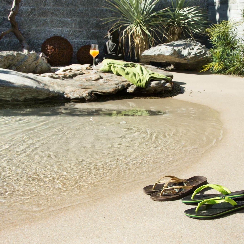 piscinas con arena de playa