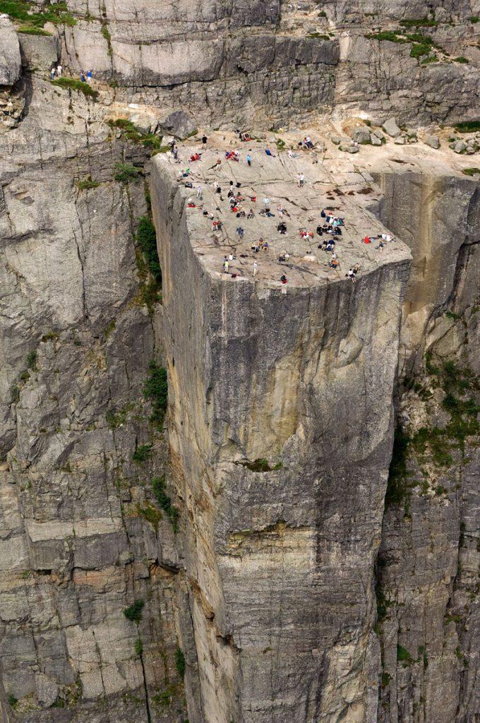 roca acantilado montaña