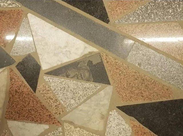 rostro lápida suelo granito