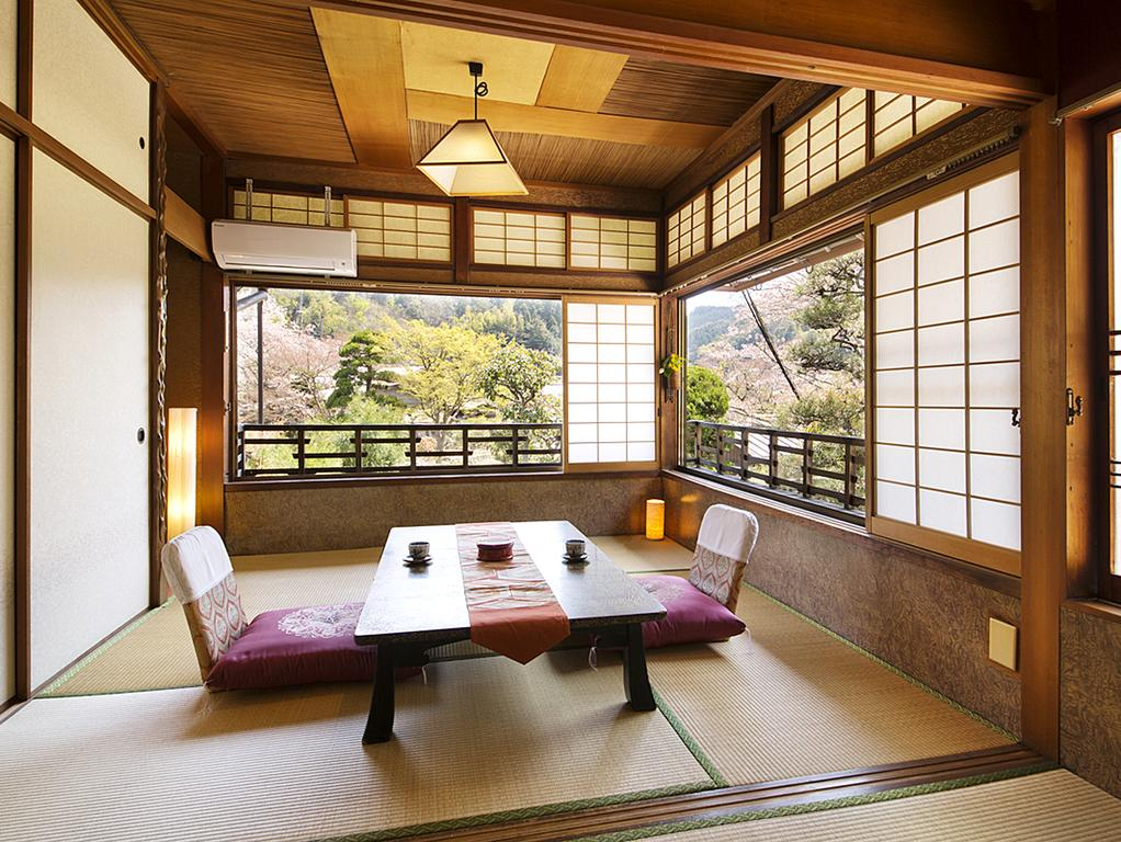 alojamiento japonés mesa té
