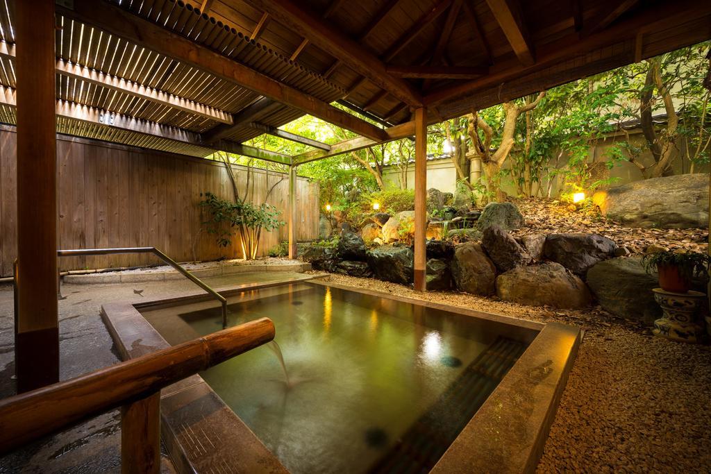baño japonés tradicional onsem