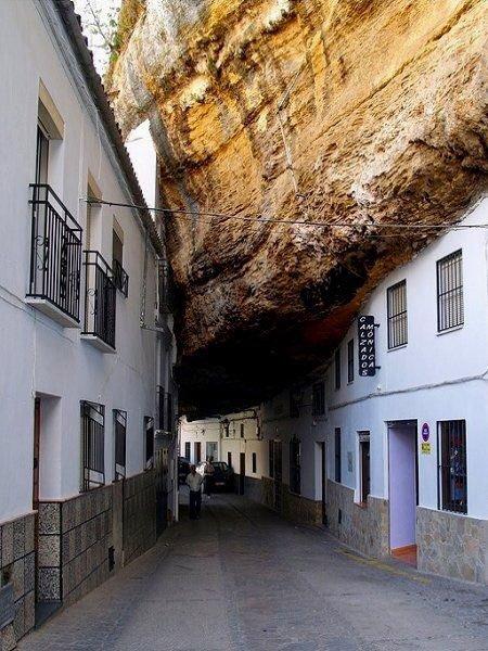 pueblo en roca