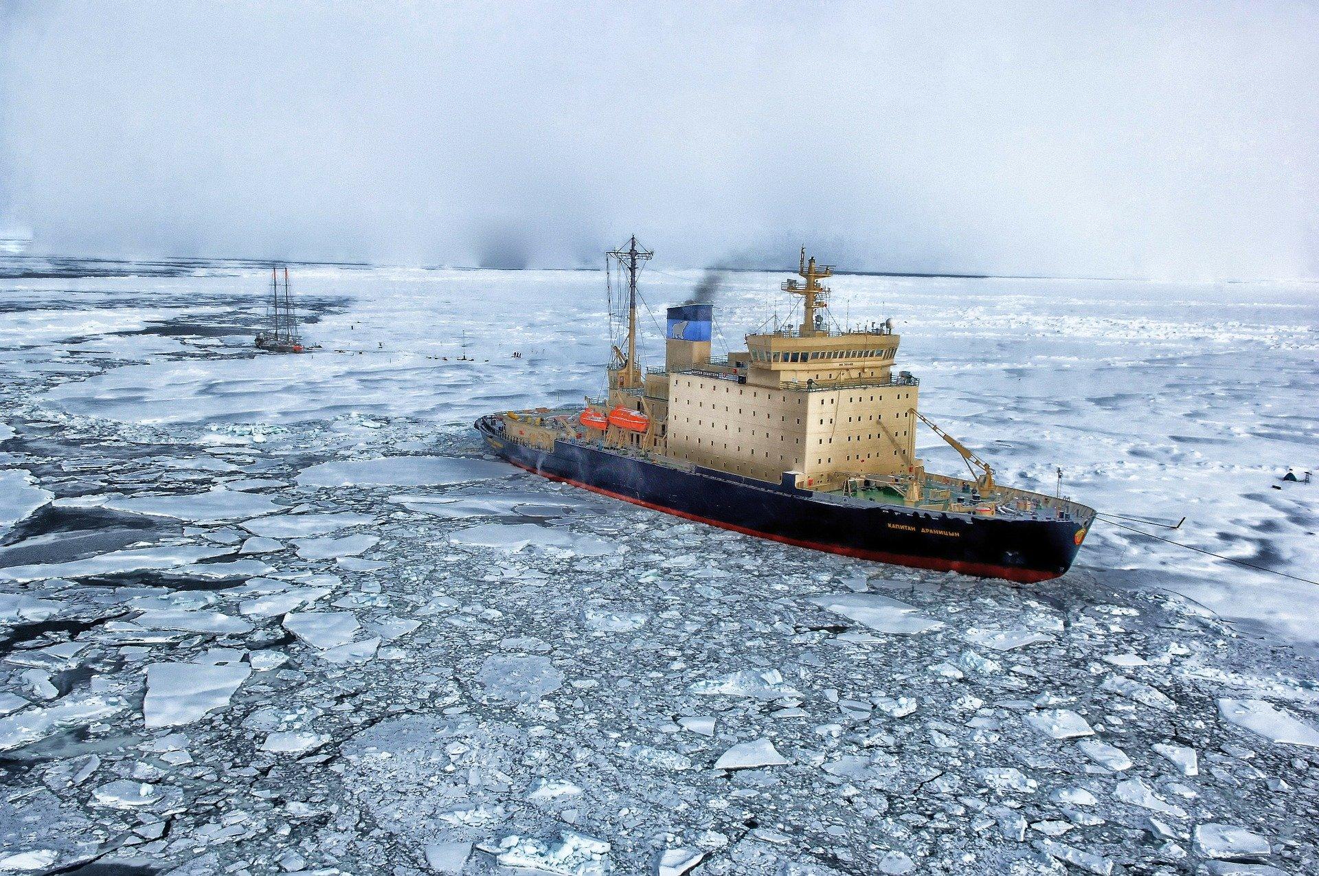 barco antártida
