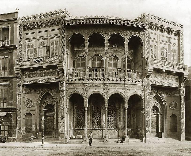 edificio de estilo árabe en egipto