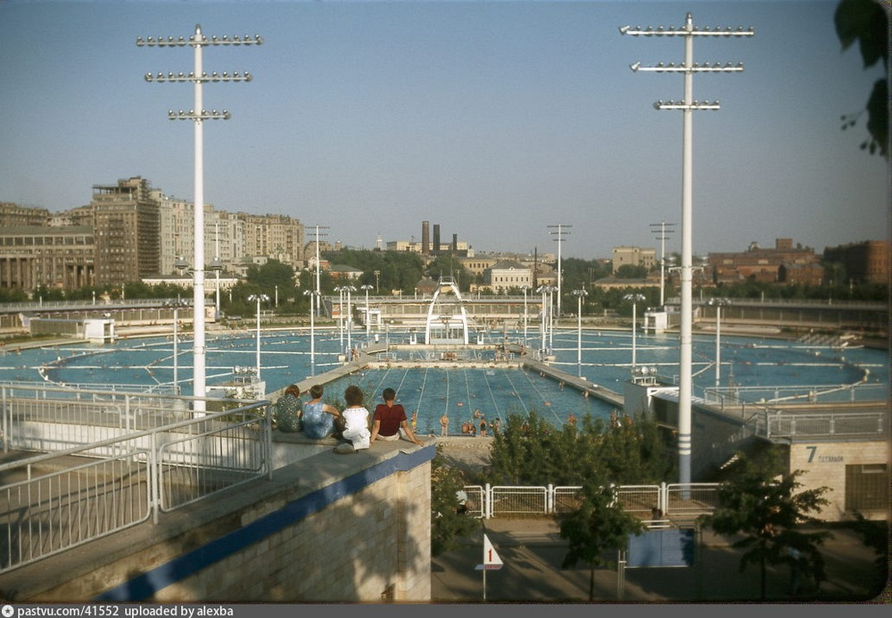 piscina moscú catedral
