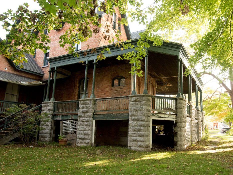 Mansion-James-Seymour-porche