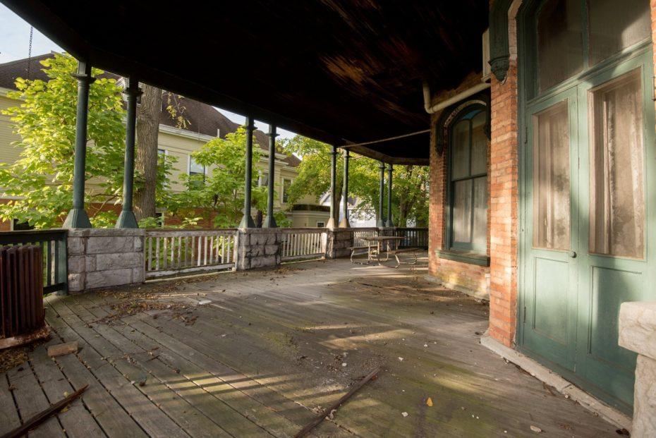 Mansion-James-Seymour-porche-2