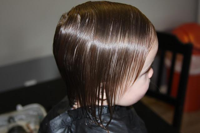 cortar el pelo a los niños y niñas