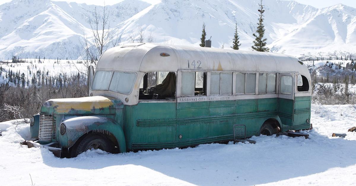 autobus-into-the-wild
