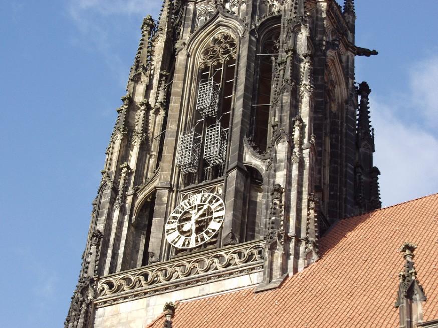 Münster iglesia con jaulas