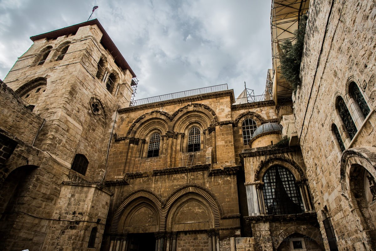 Foto en picado de la iglesia