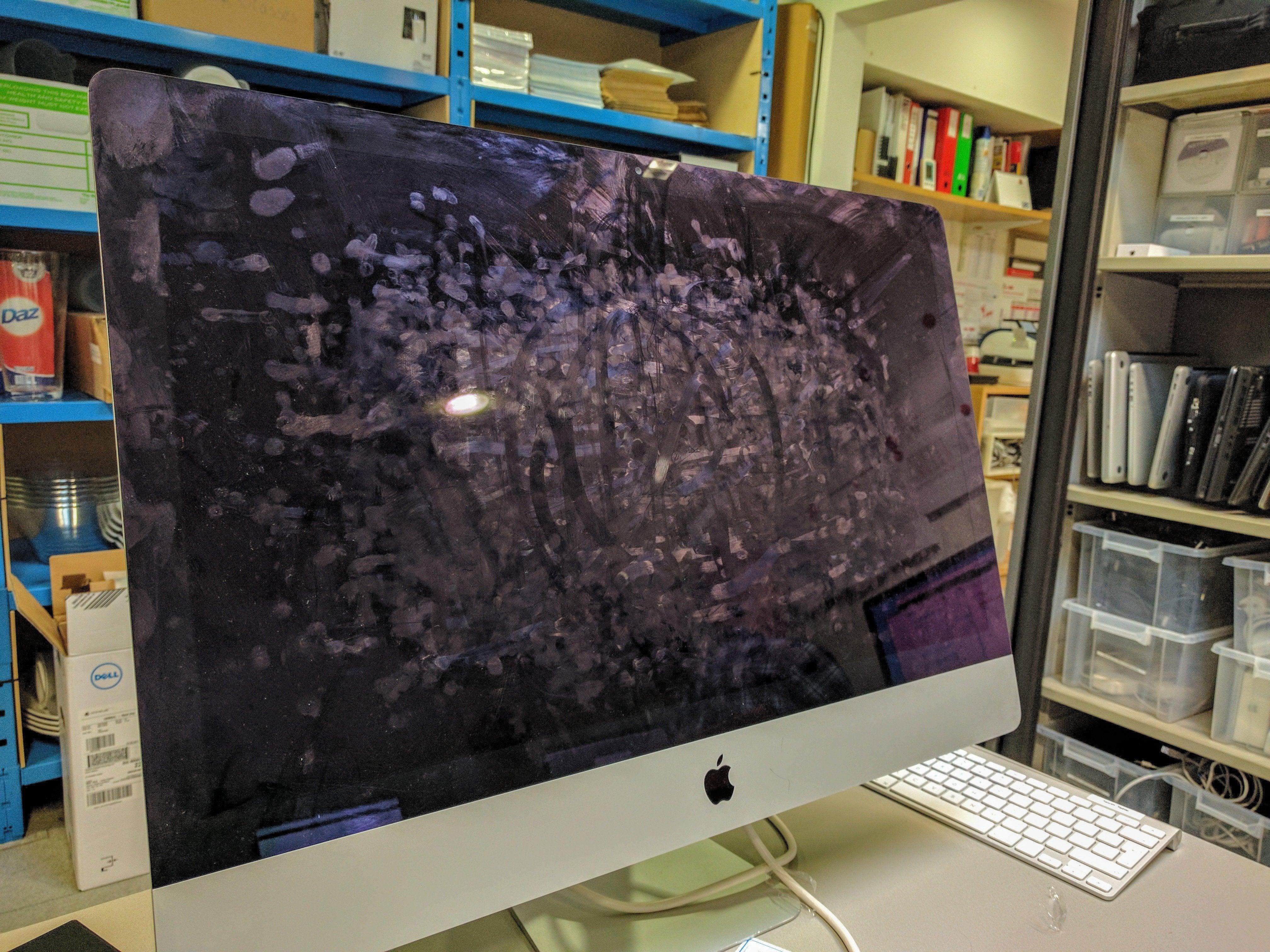 pantalla mac sucia