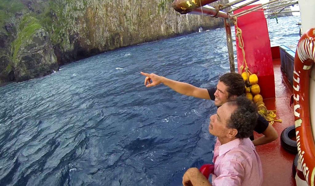 barco isla polinesia