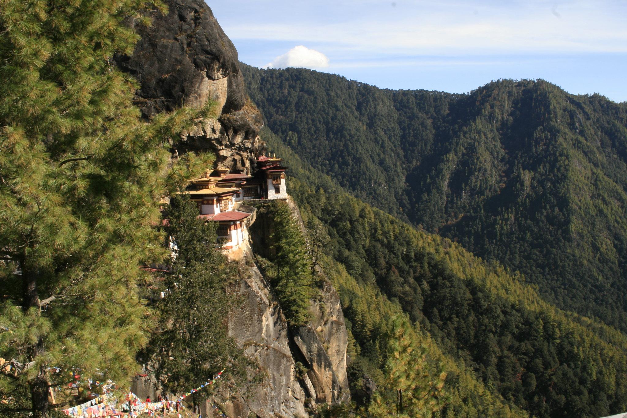 nido de tigres bután