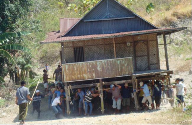 Angkat Rumah 4