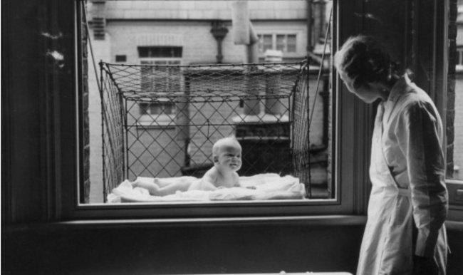 jaula para bebés